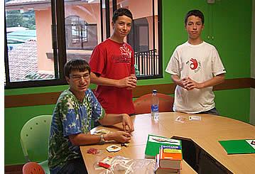 Les adolescents peuvent venir � Boquete de leur propre chef, ont des cours d'espagnol et de vivre avec une famille d'accueil